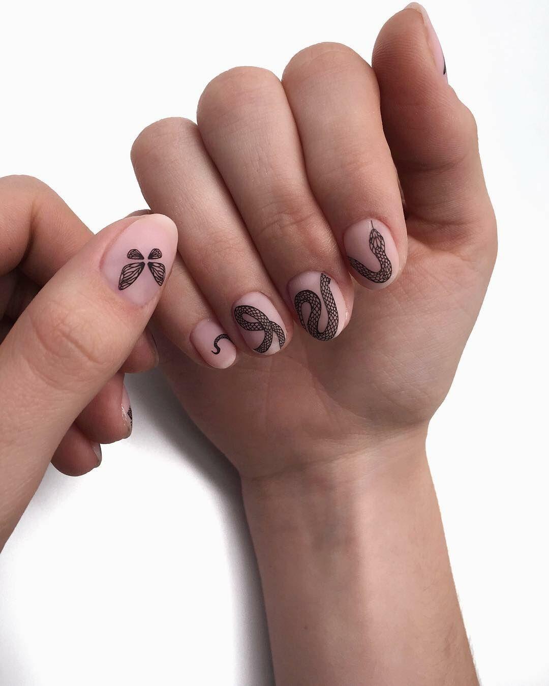 Новый бьюти-тренд: татуировки наногтях