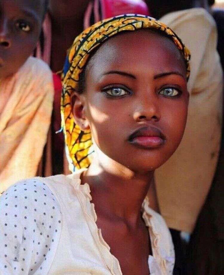 Подборка фото космически красивых девушек: глаз не отвести!